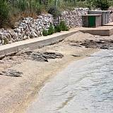 Ferienwohnungen Barbat 12475, Barbat - Nächster Strand