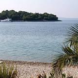 Holiday house Maslinica 13789, Maslinica - Nearest beach