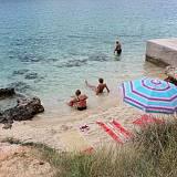 Apartmány Barbat 14903, Barbat - Nejbližší pláž