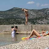 Ferienwohnungen und Zimmer Klenovica 5431, Klenovica - Nächster Strand