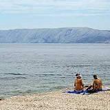 Ferienwohnungen Novi Vinodolski 16177, Novi Vinodolski - Nächster Strand