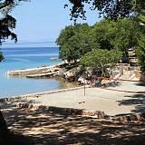 Ferienwohnungen Brzac 5346, Brzac - Nächster Strand