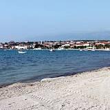 Ferienwohnungen Novalja 16814, Novalja - Nächster Strand