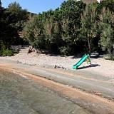 Apartmány Kustići 6101, Kustići - Nejbližší pláž