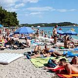 Apartmány a pokoje Makarska 9345, Makarska - Nejbližší pláž