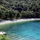 Ferienwohnungen Valun 12104, Valun - Nächster Strand