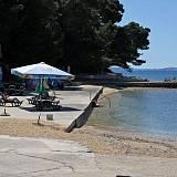 Ferienwohnungen und Zimmer Rab 16710, Rab - Nächster Strand