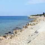 Ferienwohnungen Mandre 4175, Mandre - Nächster Strand